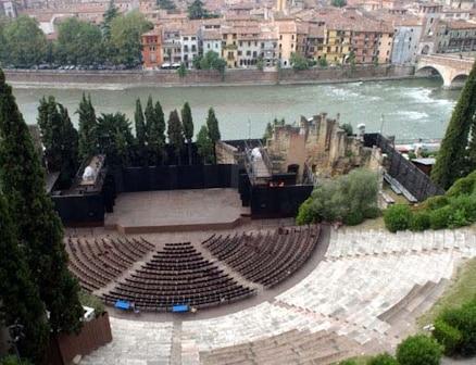 teatro-romano-verona-gallery.jpg