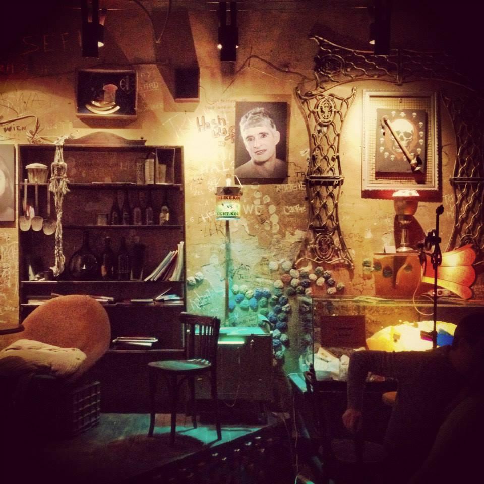 budapest-ruin-pub